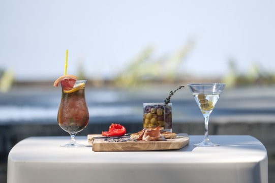 Chobe Water villas snacks and cocktails